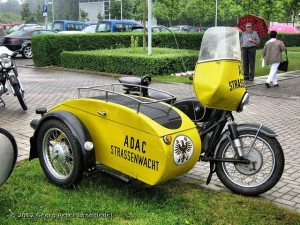stary-motocykl-ADAC